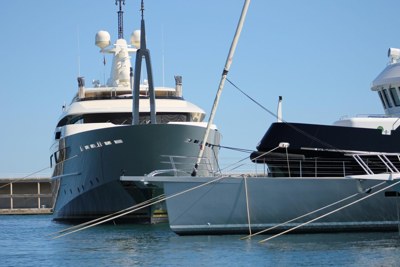 The best prices for superyacht berths in Barcelona
