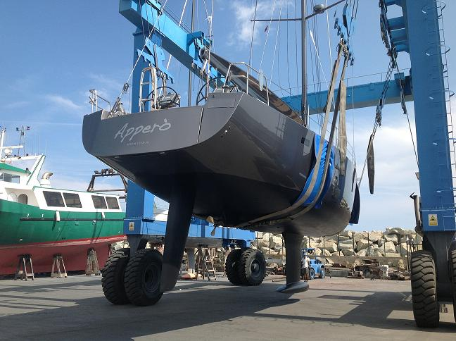 Refit and launching the Canadian sailboat Apperò