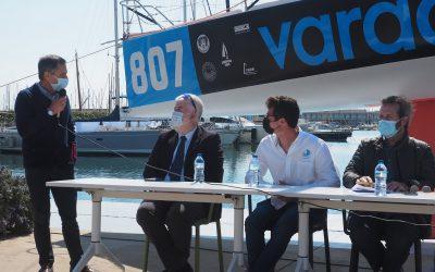 Presentación del equipo de regatas Carlos Manera-Varador 2000 que participará en la regata Mini Transat 2021